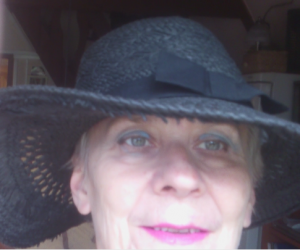 én fekete kalapban