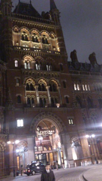 Londoni tévelygések (40.) HA JÓL AKAROM MAGAM ÉREZNI…