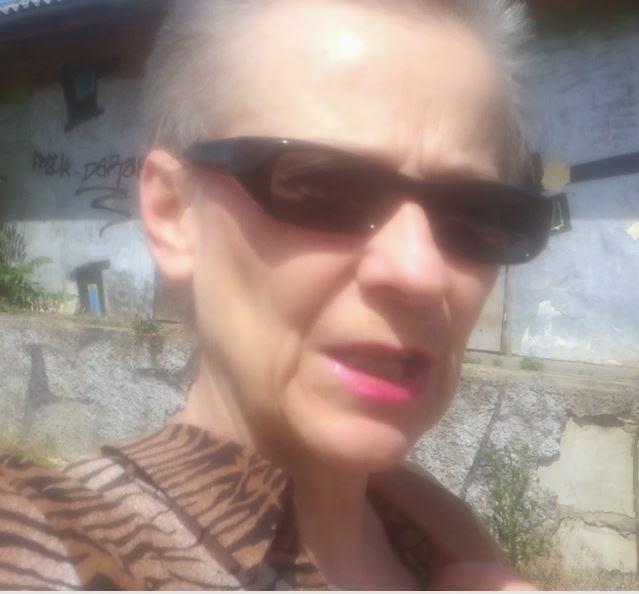 Szöszi-NET (55.) Hordjatok Ti is napszemüveget – velem együtt!